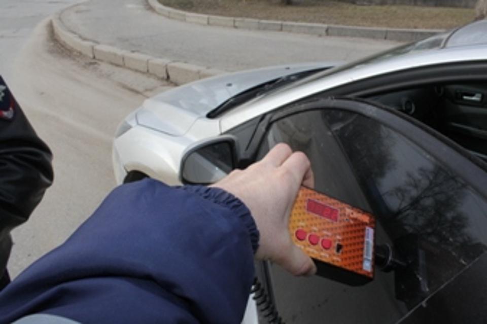 Борьба стонированными авто: вЯрославле засутки оштрафовали неменее полусотни водителей