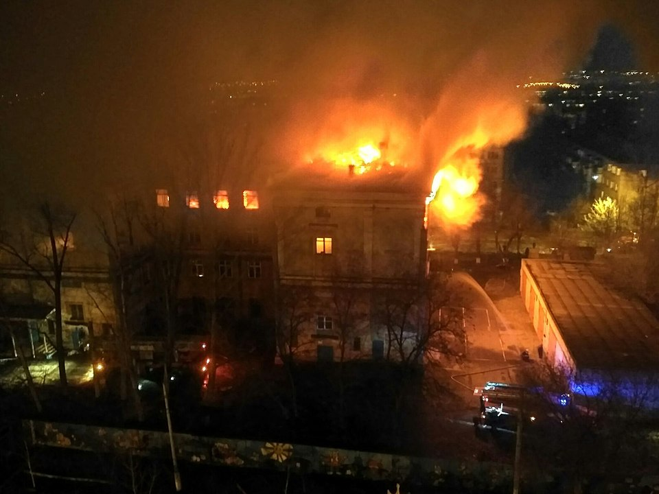 ВКрасноармейском районе выгорело строение учебного комбината