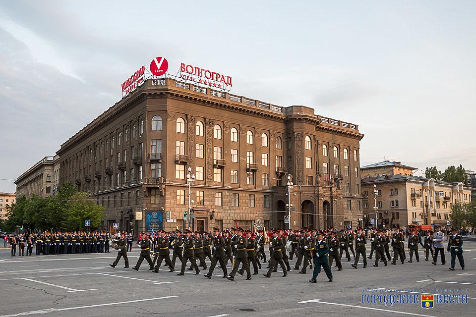 Вцентре Волгограда прошла первая репетиция Парада Победы