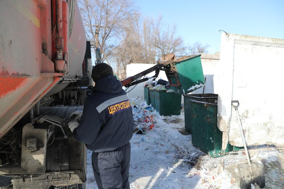 Щетки и скребки для уборки снега и льда