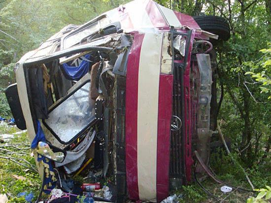 Число жертв вДТП савтобусом вКрыму достигло 7-ми