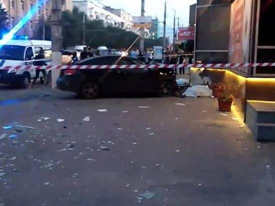 Волгоградец приговорен к5,5 годам за смерть 2-х пешеходов наостановке