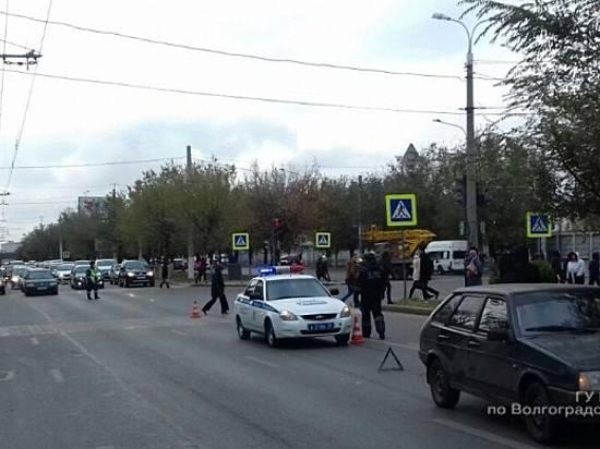 ВВолгограде шофёр «БМВ» сбил 13-летнюю девочку и исчез