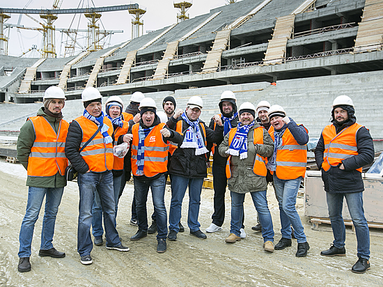 Волгоградские болельщики впервый раз побывали настроящемся стадионе «Волгоград Арена»