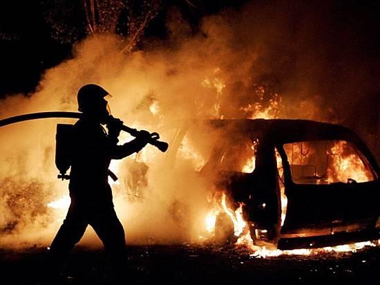ВВолгоградской области за прошлые сутки сгорели 5 авто игараж