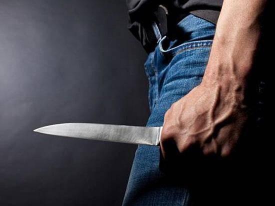 ВКамышине 37-летний мужчина перерезал 51-летней возлюбленной горло ножом