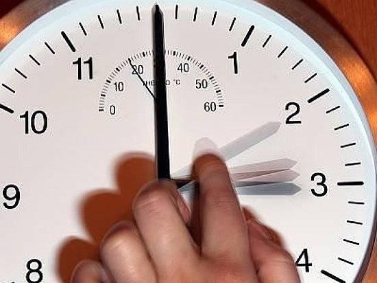 Перевод часов. Нажелезнодорожных вокзалах Саратовской области сохранится столичное время