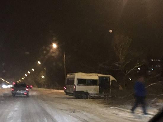 Шофёр маршрутки несмог справиться суправлением: пострадало 6 человек