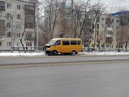 ВВолгограде маршрутчик сказал обугоне ГАЗели, чтобы утаить ДТП