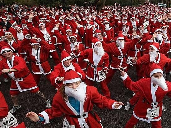 Нашествие танцующих Дедов Морозов готовится вВолгограде