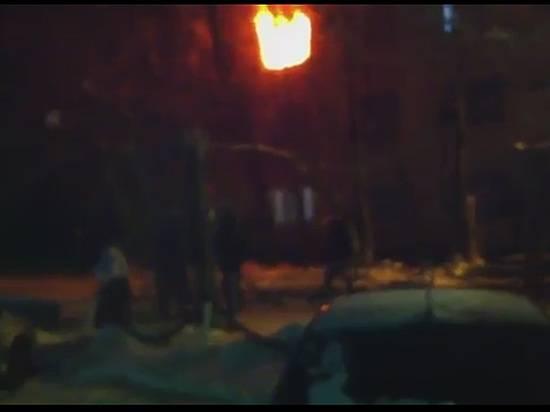 Пожар впятиэтажке вВолжском: умер 17-летний ребенок