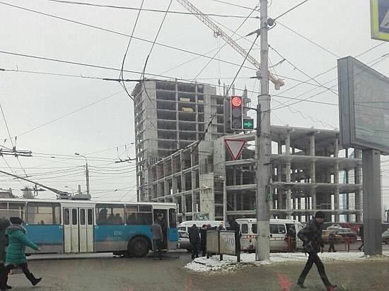 ВВолгограде столкнулись «маршрутка» итроллейбус
