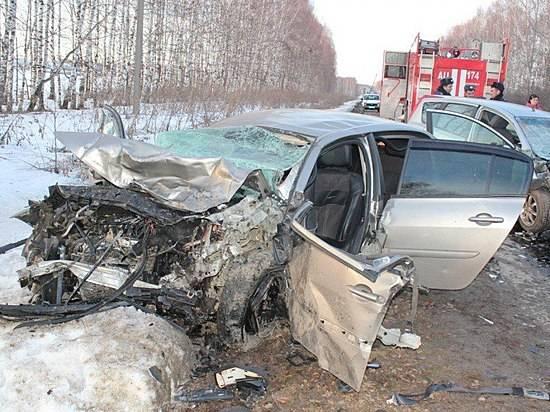 ДТП под Волгоградом: Встолкновении «ВАЗа» с«Фольксваген» умер человек
