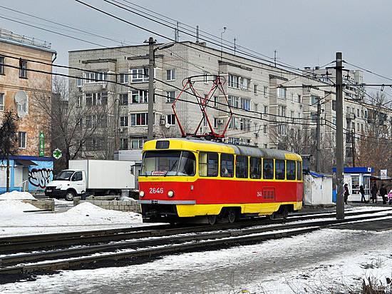 Подростки обстреляли изпневматики трамвай №13