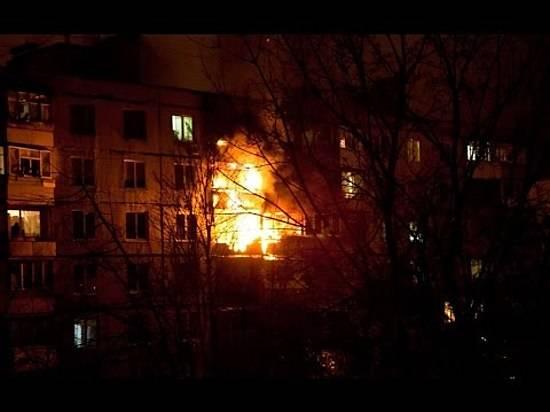 ВВолгограде из-за пожара вдевятиэтажке эвакуировали 90 человек