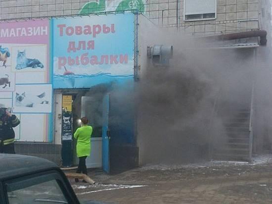 ВВолгограде вподвале жилого дома горел зоомагазин