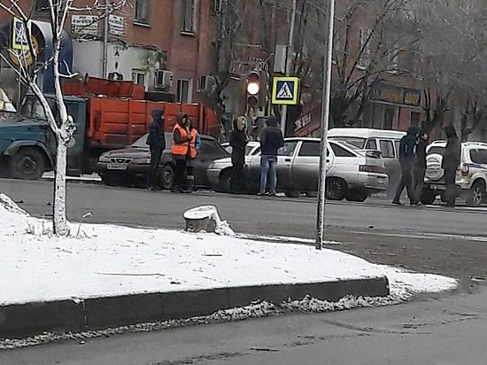 Наюге Волгограда трамвай столкнулся скраном