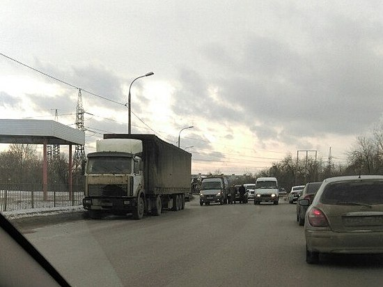 ВВолгограде втройном ДТП с«Газелью» пострадала 15-летняя школьница