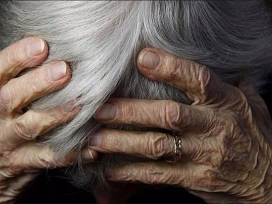 Пенсионерку изВолгоградской области подозревают внанесении побоев