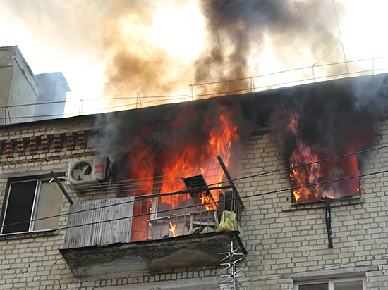Напожаре впятиэтажке впоселке Максима Горького умер 83-летний мужчина