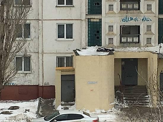 14-летний ребенок выбросился изокна 16 этажа вКраснооктябрьском районе Волгограда