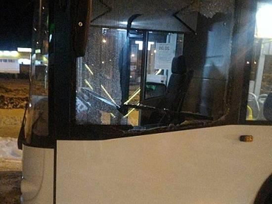 ВВолгограде шофёр «шестерки» напал на городской автобус