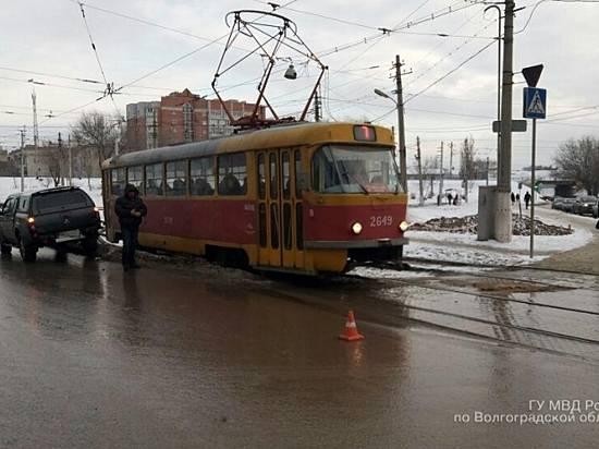 ВВолгограде автокран сбил 77-летнего пешехода