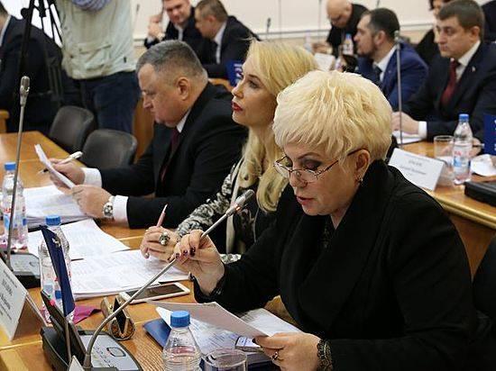 Народные избранники Волгоградской гордумы неподдержали идею уменьшить мэрию
