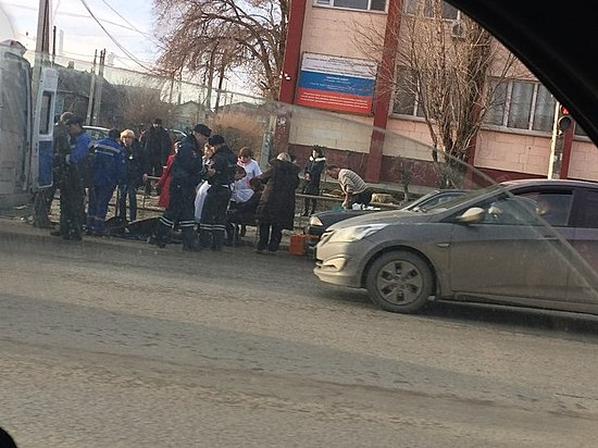 Вцентре Волгограда Тоёта сбила 5-летнего ребенка и2 взрослых