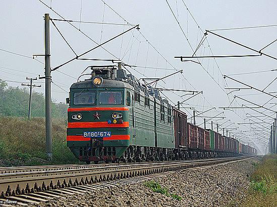 ВВолгоградской области нетрезвый мужчина присел нарельсы ипопал под поезд