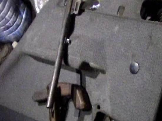 Омские полицейские забрали усудимого омича самодельный обрез