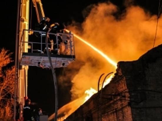 ВоФролово впожаре взаброшенном помещении сгорел мужчина