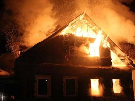 ВКлетском районе ночью умер напожаре 51-летний мужчина