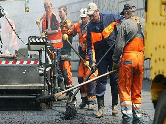 Наулице Домостроителей стартовал полноценный ремонт проезжей части
