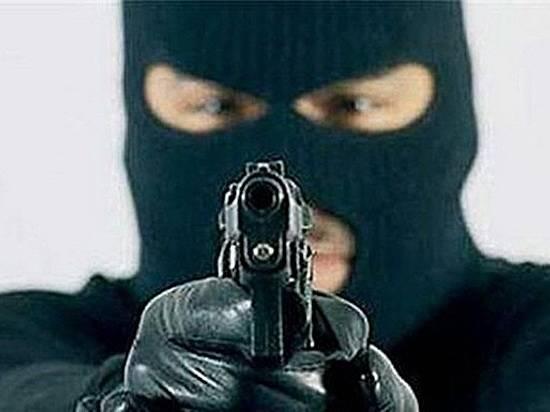 ВВолгограде боевое огнестрельное оружие продавали через Интернет