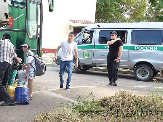 ИзВолгоградской области депортировали 120 незаконных мигрантов