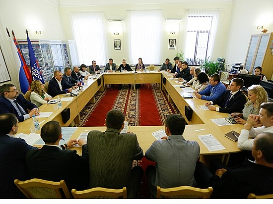 Участники праймериз от«Единой России» договорились одобросовестной конкуренции