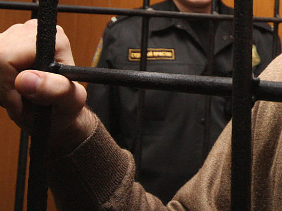 Капитан УФСБ вВолгограде осужден на 4  года замошенничество