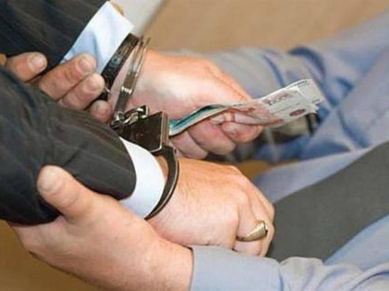 Под Волгоградом сотрудника военкомата задержали заобман призывника