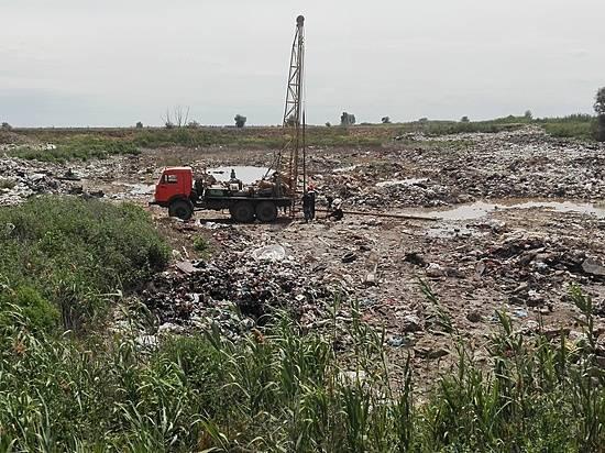 Свалку площадью 16 гектаров начали убирать вСредней Ахтубе