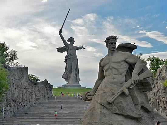 ВВолгограде хотят сделать туристический маршрут «Мамаев курган-Брестская крепость»