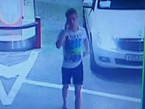 ВВолгограде ищут молодого человека всланцах на«Мерседесе», похитившего бензин наАЗС